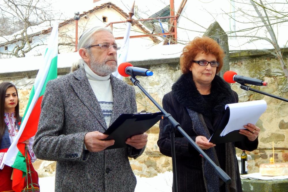 Актьорът Любен Чаталов участва в тържествата в Мирково